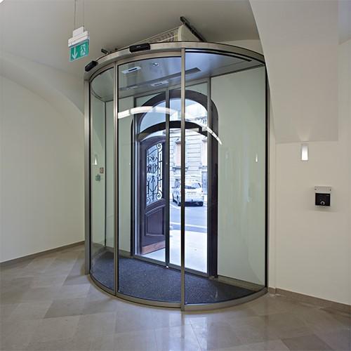 درب شیشه گرد بیمارستان