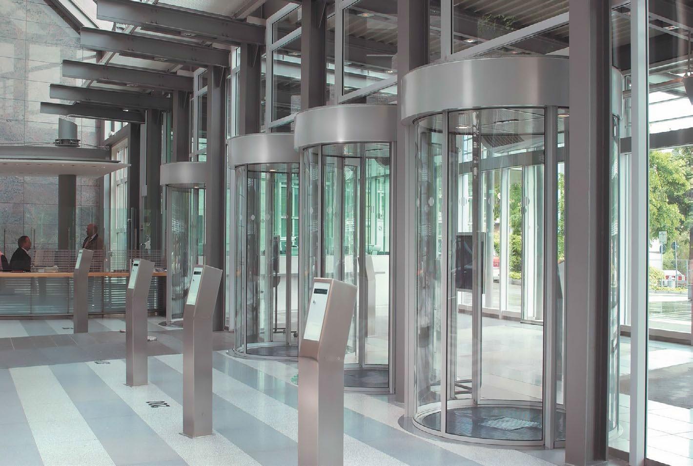 درب شیشه ای برقی گردان هایپرمارکت فروشگاهی